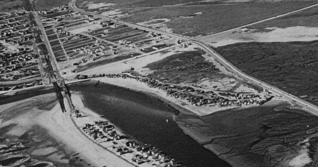 1939 Anaheim Landing Close Up